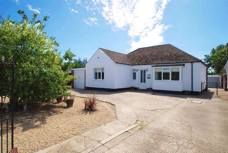 3 Bedrooms Bungalow for sale in Grenada, Boltons Lane, Ingoldmells, Skegness