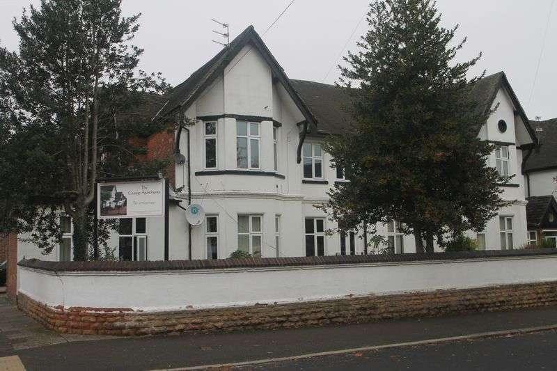 2 Bedrooms Flat for rent in Herbert Road, Nottingham