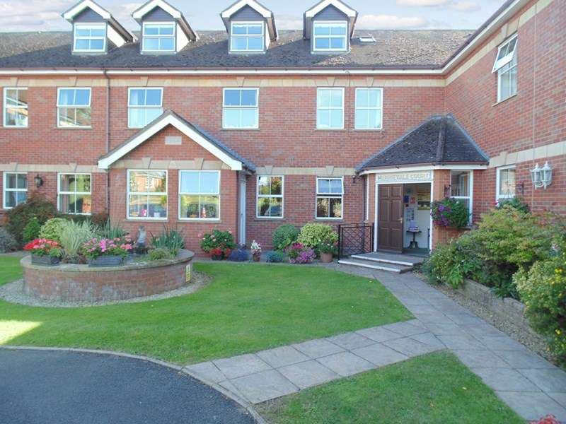 2 Bedrooms Retirement Property for sale in Merrievale Court, Malvern, WR14 3NE