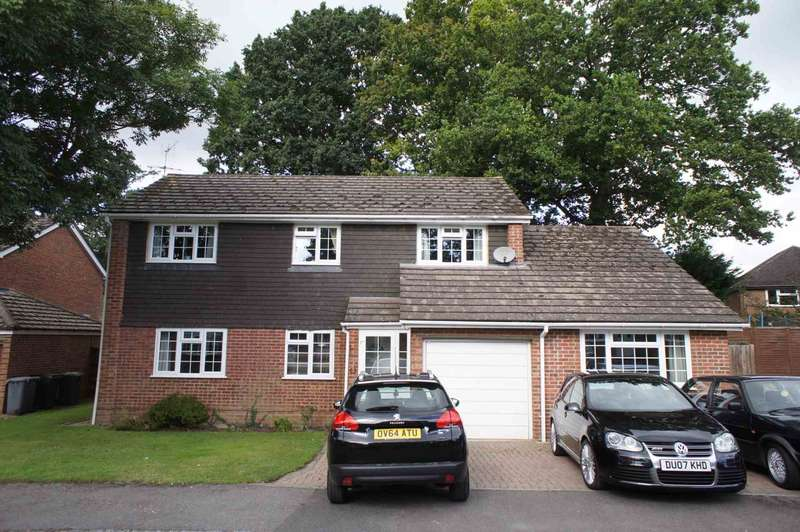 4 Bedrooms Detached House for sale in Woodlands Grove, Caversham