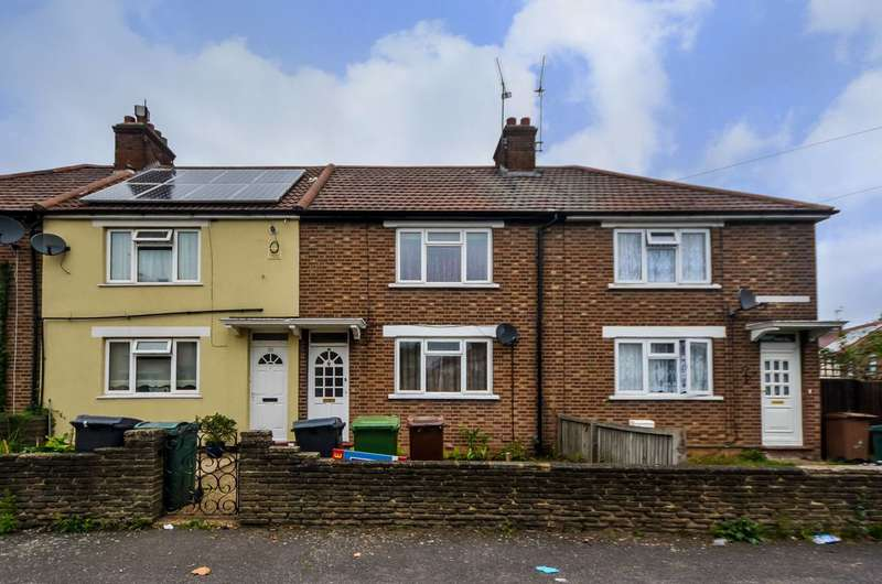 3 Bedrooms Terraced House for sale in Aschem End, Walthamstow, E17