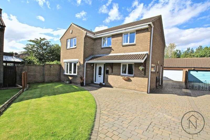4 Bedrooms Detached House for sale in Glenfall Close, Billingham