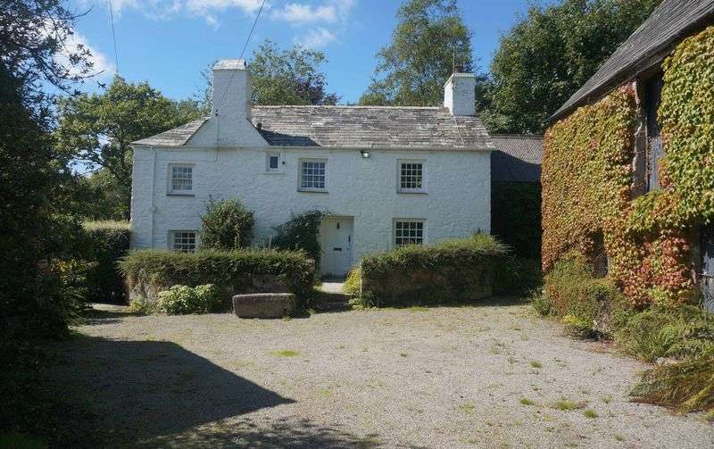 3 Bedrooms Detached House for sale in Tremar, Liskeard