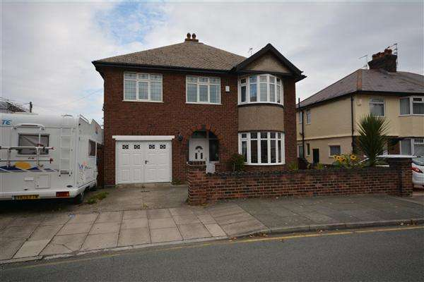 4 Bedrooms Detached House for sale in Waverley Road, Hoylake