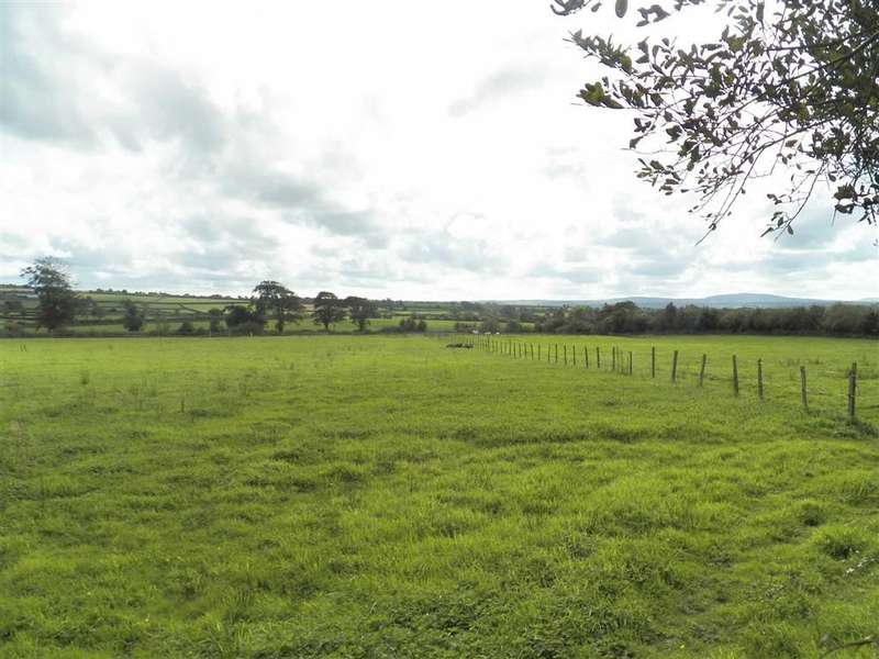 Property for sale in Bowls Road, BEULAH