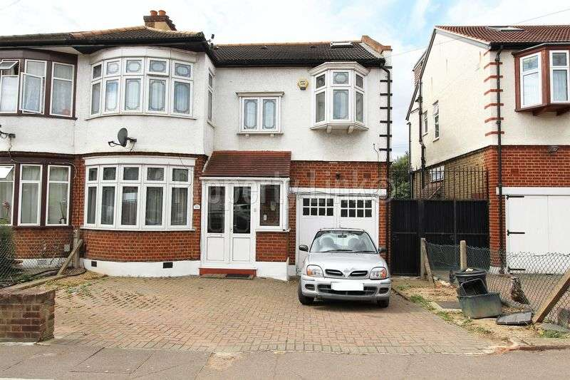 4 Bedrooms Semi Detached House for sale in Wanstead Park Road, Ilford