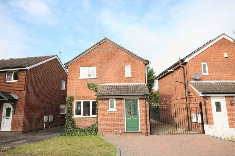 3 Bedrooms Detached House for sale in HOBKIRK DRIVE, SINFIN