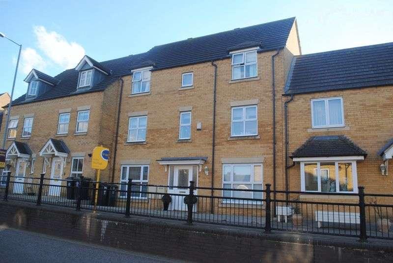 4 Bedrooms Terraced House for sale in School Lane, Higham Ferrers