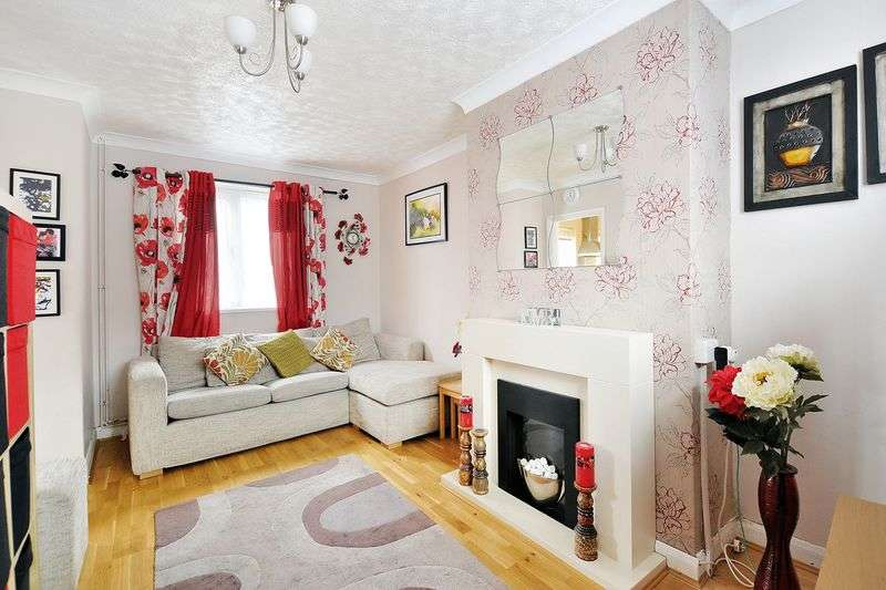 3 Bedrooms Terraced House for sale in Meadow Road, Worthing