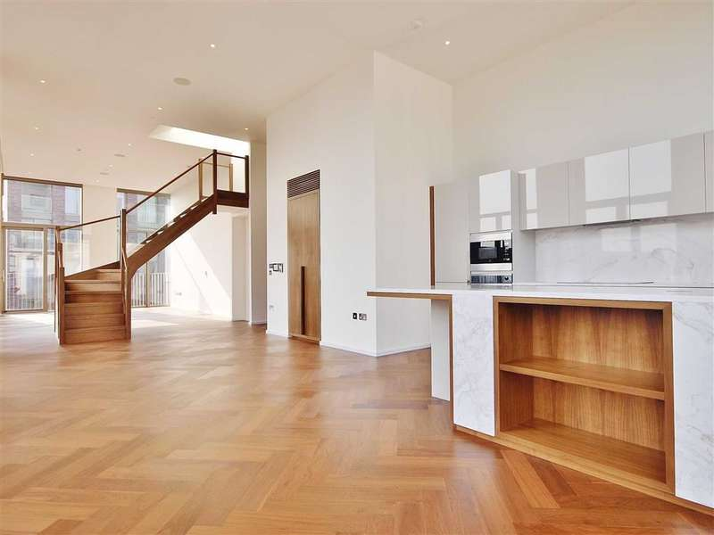 3 Bedrooms Property for sale in Capital Building, Embassy Gardens, Nine Elms, London
