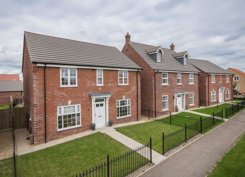 4 Bedrooms Detached House for sale in Sunflower Way, Boston