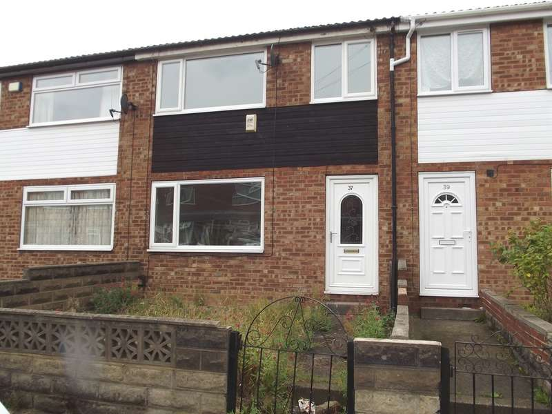 3 Bedrooms Town House for sale in Model Avenue, Armley, LS12 2BW