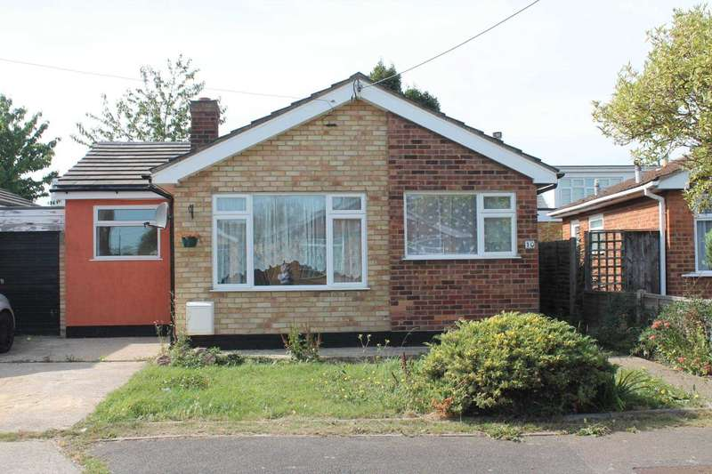 2 Bedrooms Bungalow for sale in St Annes, Canvey Island