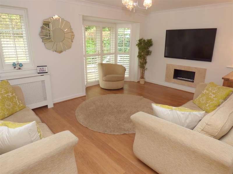 4 Bedrooms Detached House for sale in Smithford Walk, Prescot, Liverpool