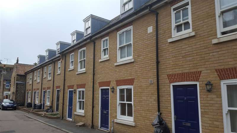3 Bedrooms Town House for sale in Irchester Street, Ramsgate