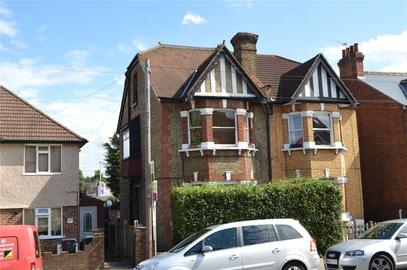 2 Bedrooms Maisonette Flat for sale in Waddon Park Avenue, Croydon