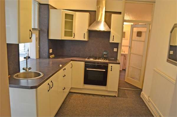 3 Bedrooms Terraced House for sale in Mount Libanus Street, Treherbert, Treorchy, Mid Glamorgan