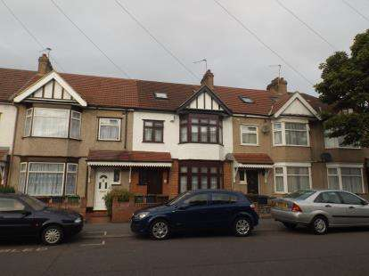 5 Bedrooms Terraced House for sale in Chadwell Heath, United Kingdom