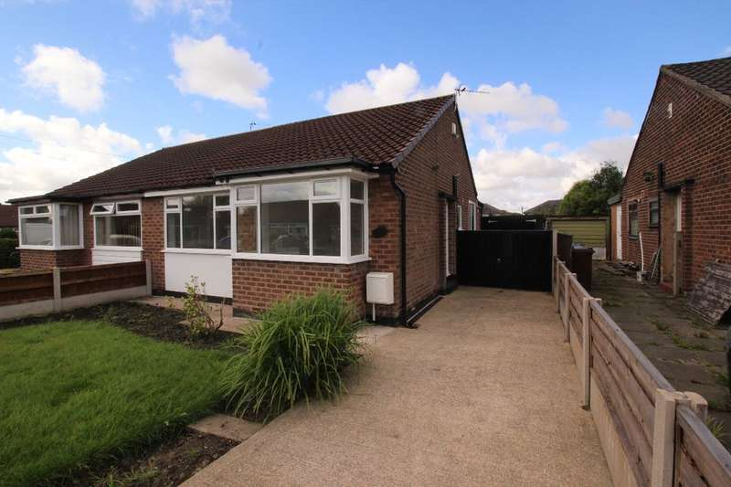 2 Bedrooms Semi Detached Bungalow for sale in Dunster Road, Worsley, Manchester, M28