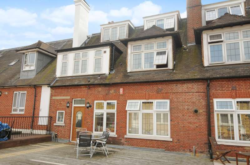 1 Bedroom Apartment Flat for sale in Weybridge