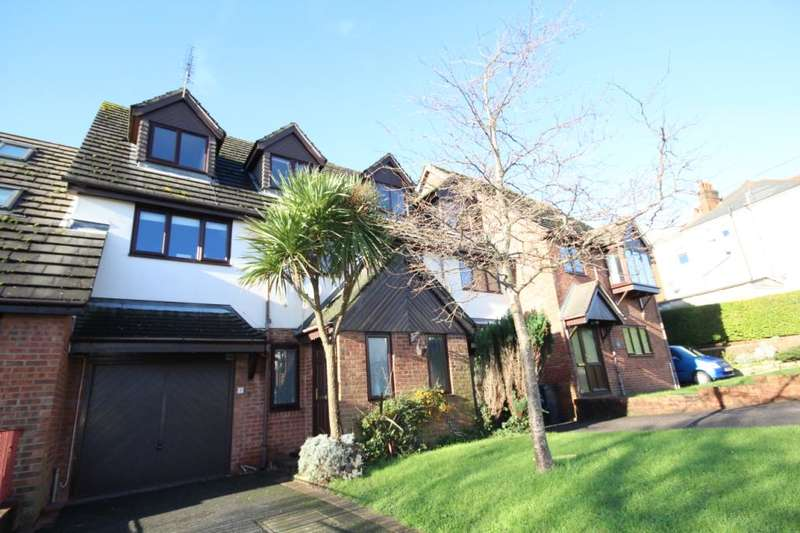 3 Bedrooms Terraced House for sale in Becher Road, Lower Parkstone, Poole, Dorset, BH14