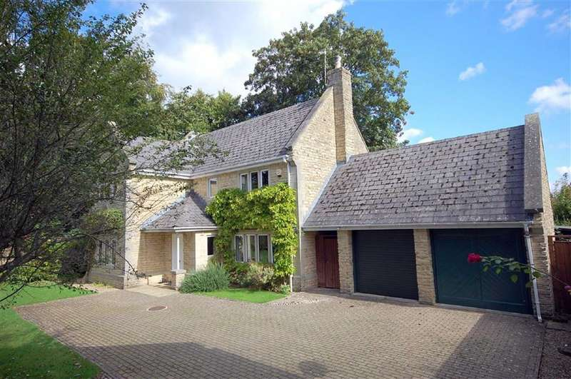 4 Bedrooms Property for sale in 2, Abbot's Garden, Malmesbury, Wiltshire