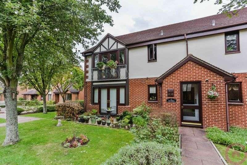 2 Bedrooms Retirement Property for sale in Glebe Farm Court, Cheltenham