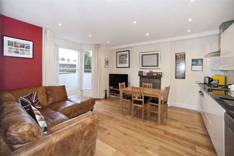 2 Bedrooms Flat for sale in Cathnor Road, Shepherd's Bush