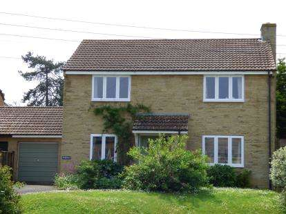 4 Bedrooms Link Detached House for sale in Bower Hinton, Martock, Somerset