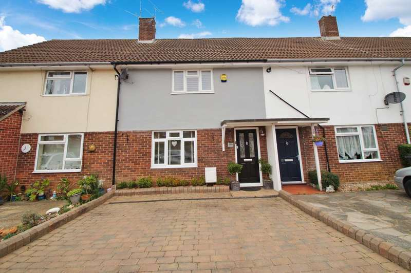 3 Bedrooms Terraced House for sale in Hollybush Lane, Hemel Hempstead
