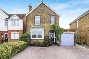 3 Bedrooms Detached House for sale in Minster Road, Minster On Sea, Sheerness