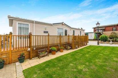 2 Bedrooms Mobile Home for sale in Riverview Caravan Park, Station Road, Cogenhoe, Northampton