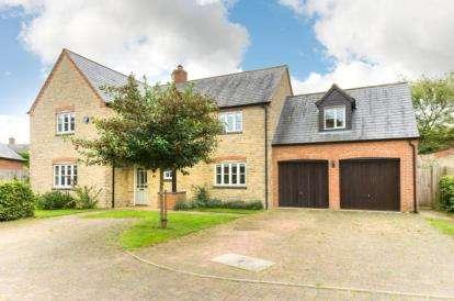 5 Bedrooms Detached House for sale in Oak View, Potterspury, Towcester, Northamptonshire