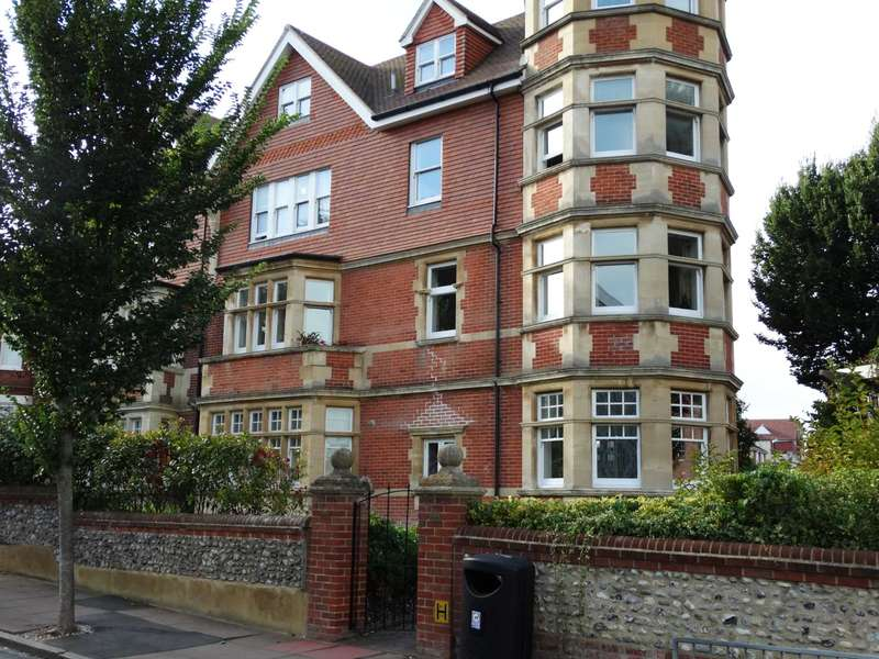 2 Bedrooms Apartment Flat for sale in Old Orchard Road, Eastbourne