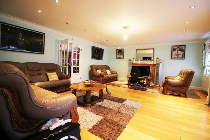 6 Bedrooms Detached House for sale in The Poynings, Iver, Buckinghamshire