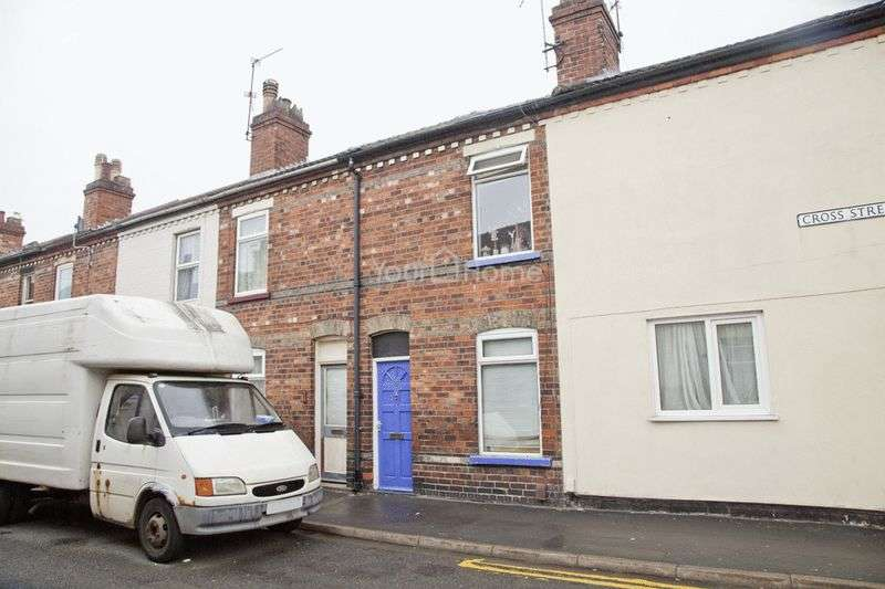 2 Bedrooms Terraced House for sale in Cross Street, Lincoln