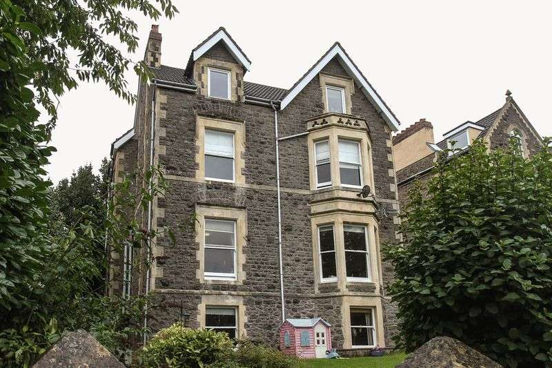 2 Bedrooms Flat for sale in 25 Victoria Road, Clevedon