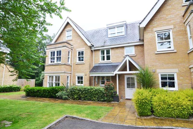 4 Bedrooms Terraced House for sale in Lexington Place, Hampton Wick, KT1