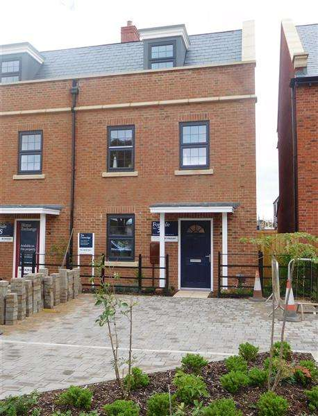 4 Bedrooms Semi Detached House for sale in The Doveridge, Seabrook Orchards, Topsham