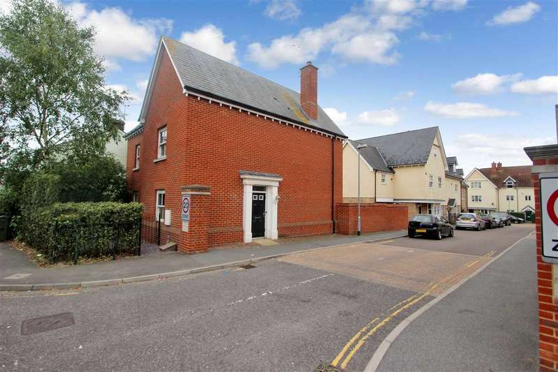 3 Bedrooms Detached House for sale in Fenwick Drive, Colchester