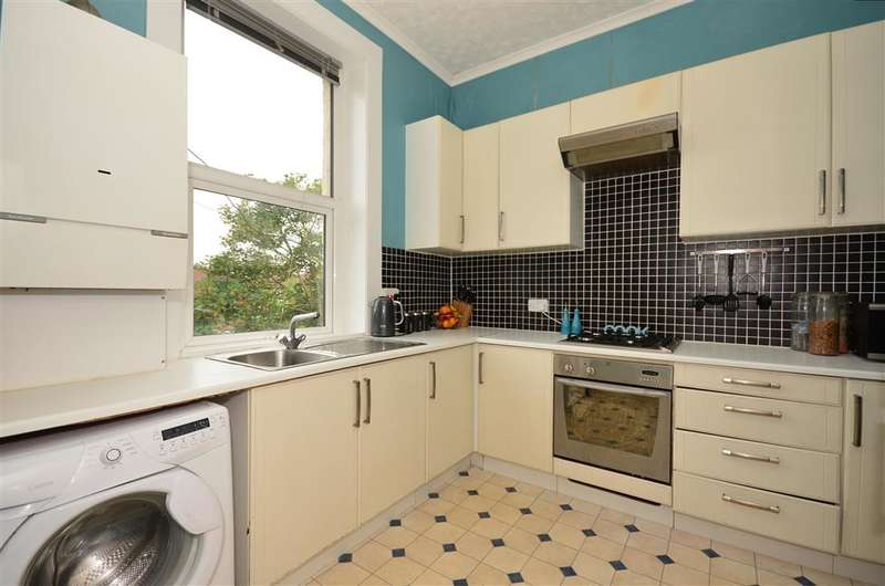 2 Bedrooms Flat for sale in Thicket Road, Sutton, Surrey