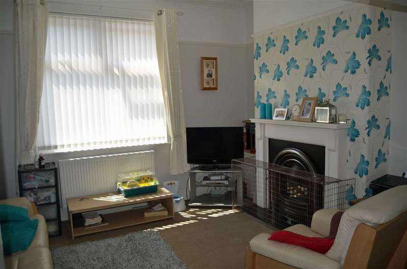 3 Bedrooms Property for sale in West View Road, Barrow-in-Furness, Cumbria