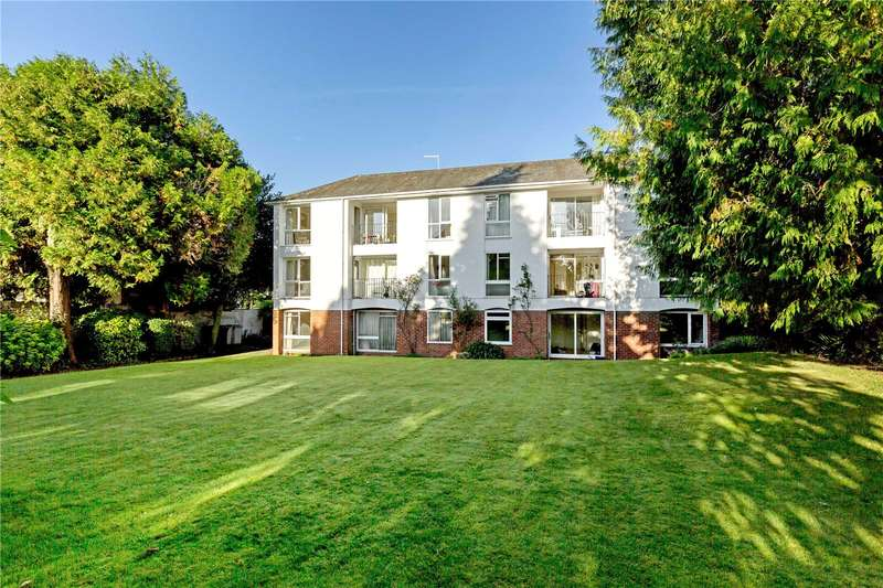2 Bedrooms Flat for sale in Fairlawn House, 11 Christchurch Road, Winchester, Hampshire, SO23