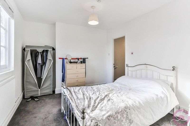 1 Bedroom Flat for sale in Tolsey Lane, Tewkesbury