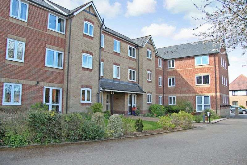 1 Bedroom Retirement Property for sale in Custerson Court, Saffron Walden, CB11 3HF