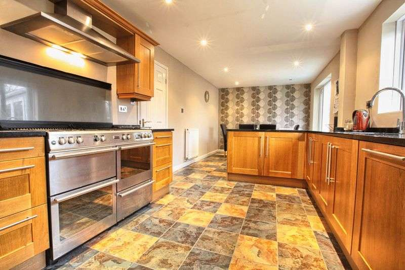 4 Bedrooms Detached House for sale in Holystone Drive, Ingleby Barwick