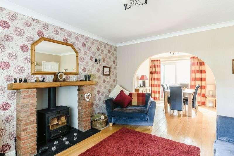 3 Bedrooms Detached House for sale in Kelsall, Nr Tarporley