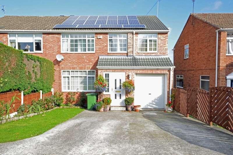 4 Bedrooms Semi Detached House for sale in Manor Garth, Walton, Wakefield