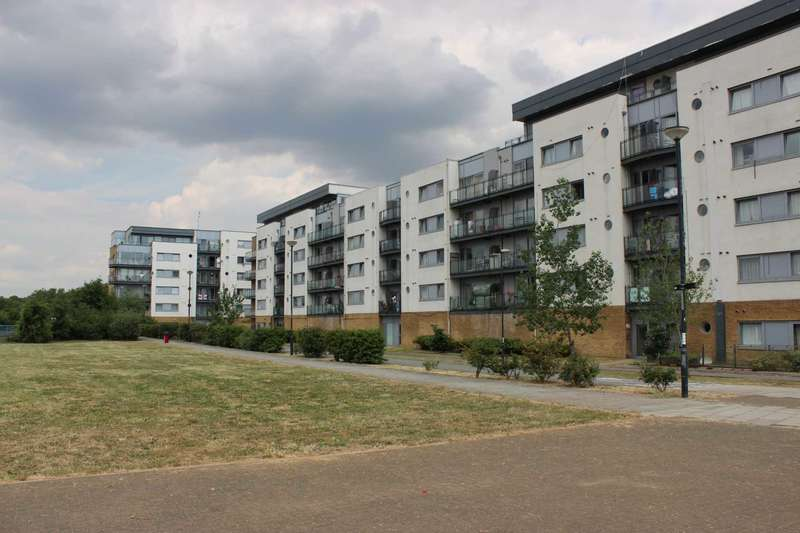 1 Bedroom Apartment Flat for sale in Hill House, Thamesmead West, SE28 0NQ