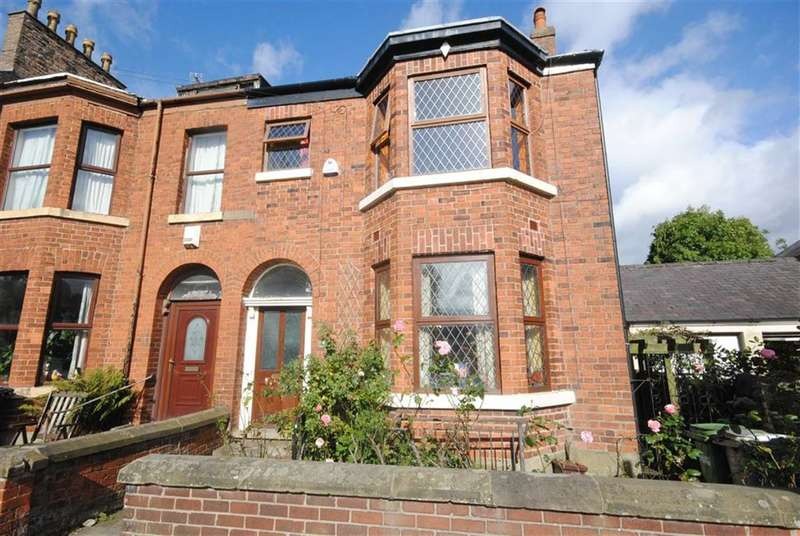 4 Bedrooms Property for sale in Park Lane, Macclesfield